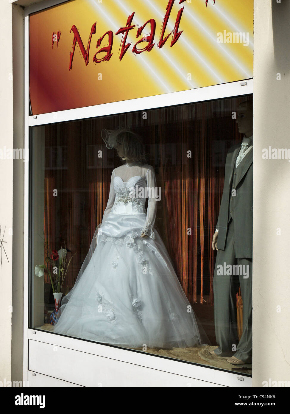Bridal gown in a shop window in Hamburg, Germany - Stock Image