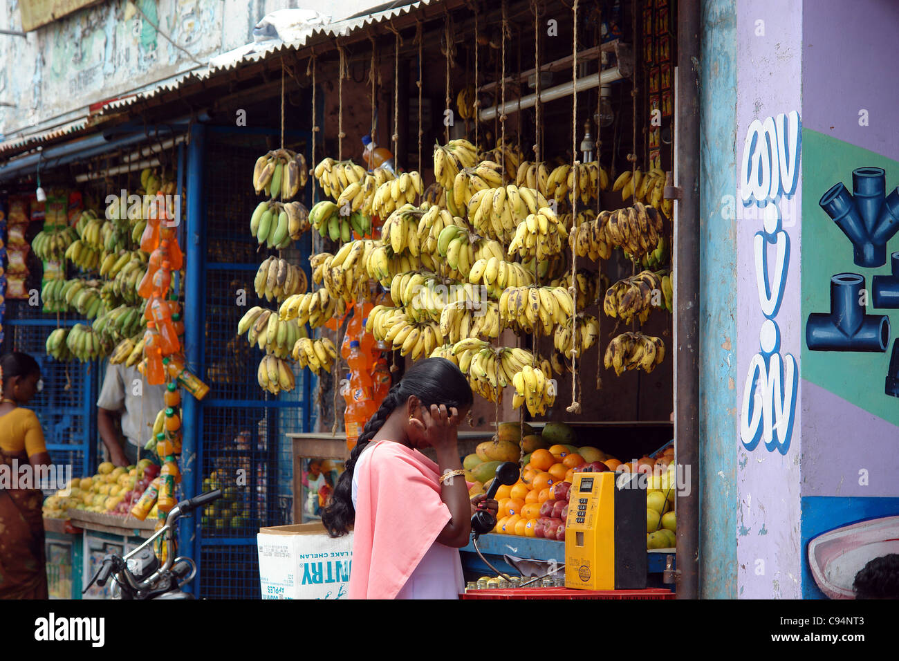 Fruits Markets Buyers Bananas South India Fresh Food - Stock Image