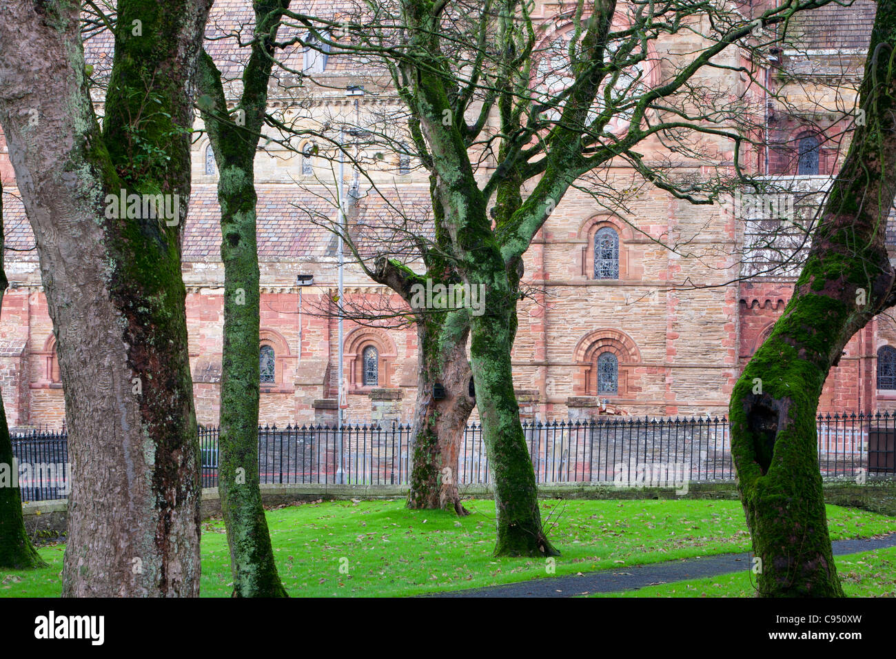 St Magnus Cathedral in Kirkwall on mainland Orkney. - Stock Image
