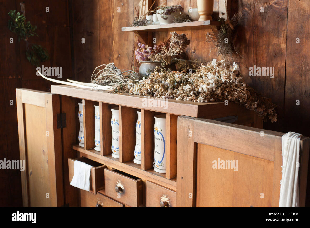Apothecary's stand at Port Royal. The reconstructed Port Royal Habitation built in the early 1600s - Stock Image