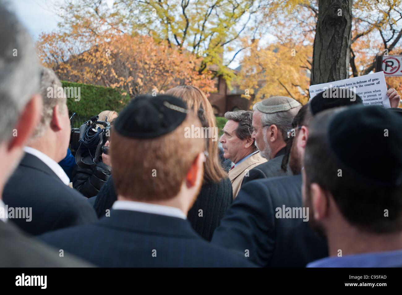 March down Ocean Parkway in the Midwood neighborhood of Brooklyn in New York against anti-semitism - Stock Image