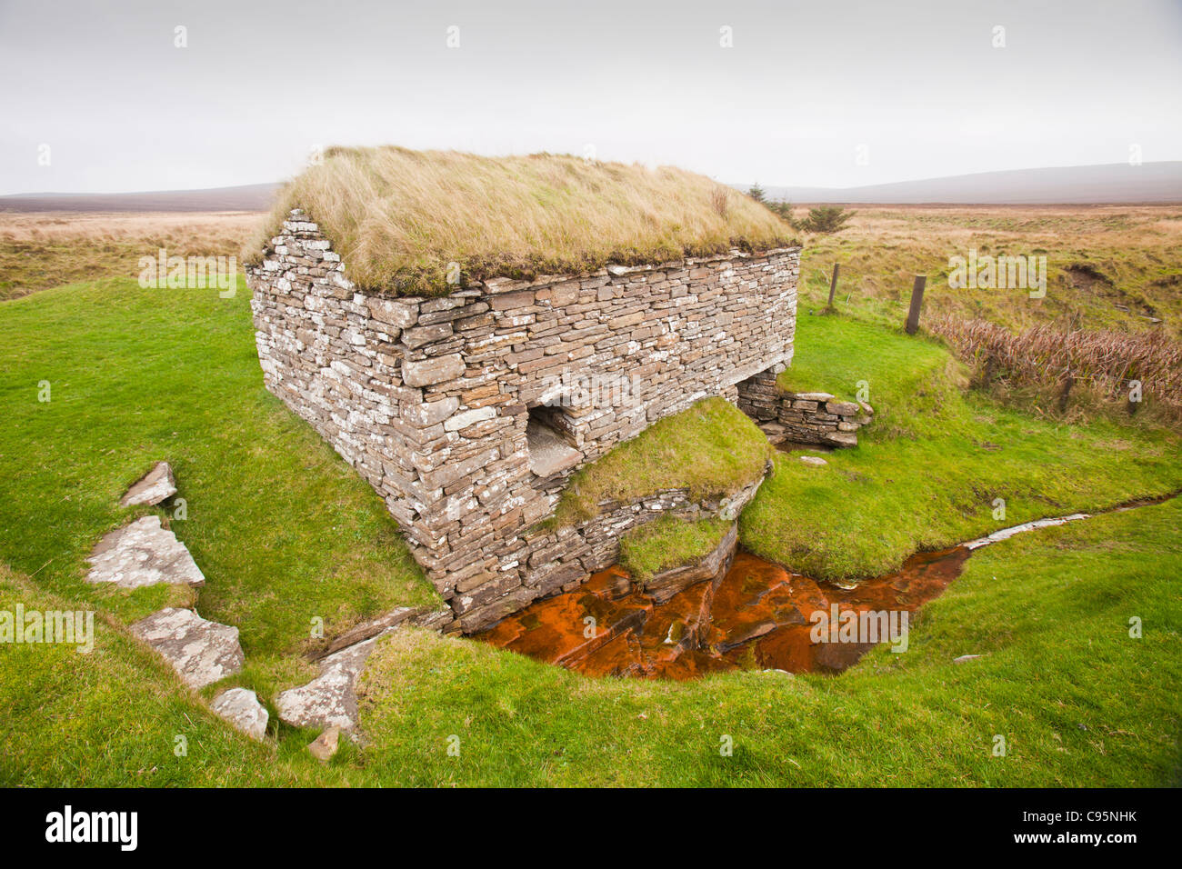 The Click Mill an ancient water mill for grinding grain on Orkney's Mainland, Scotland, UK. - Stock Image