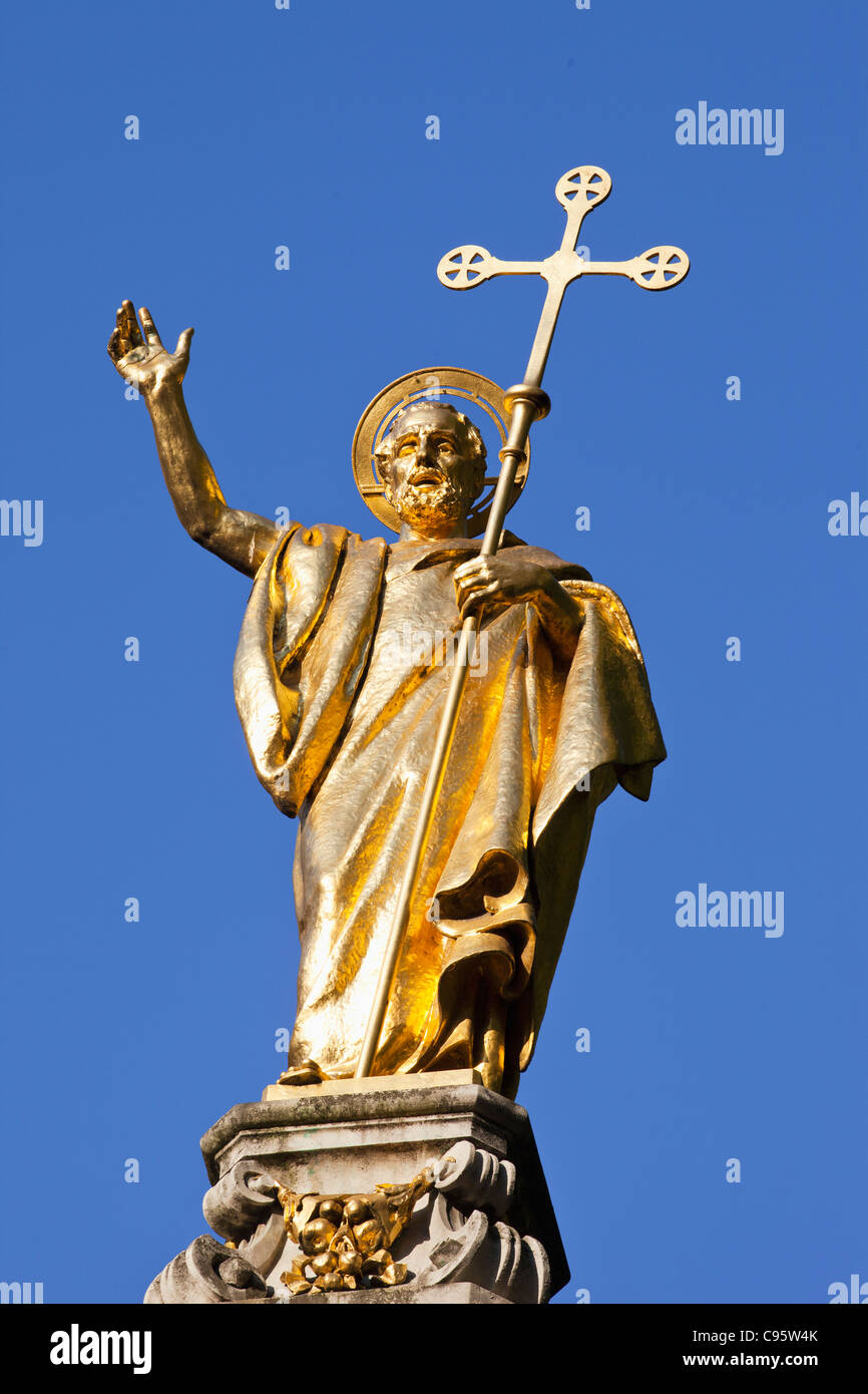 England, London, St.Paul's Cathedral, Statue of St.Paul - Stock Image