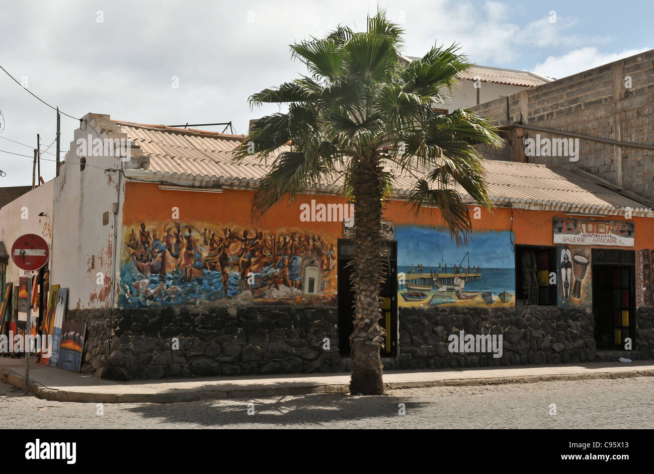 OLD BUILDING HIGH STREET   SANTA MARIA , SAL ,CAPE VERDE , - Stock Image