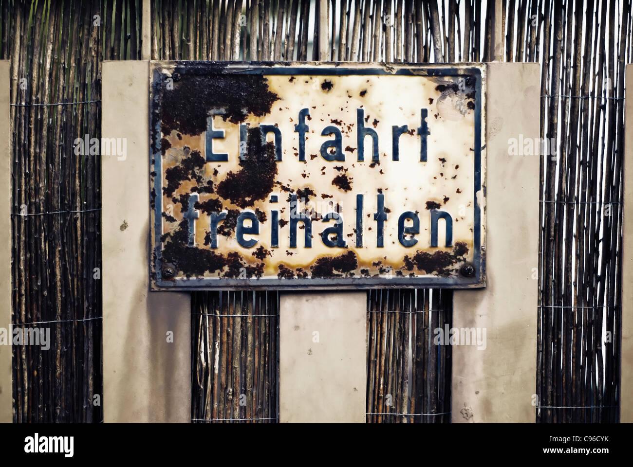Rusty Plate U0027Einfahrt Freihaltenu0027. No Tresspassing In German   Stock Image