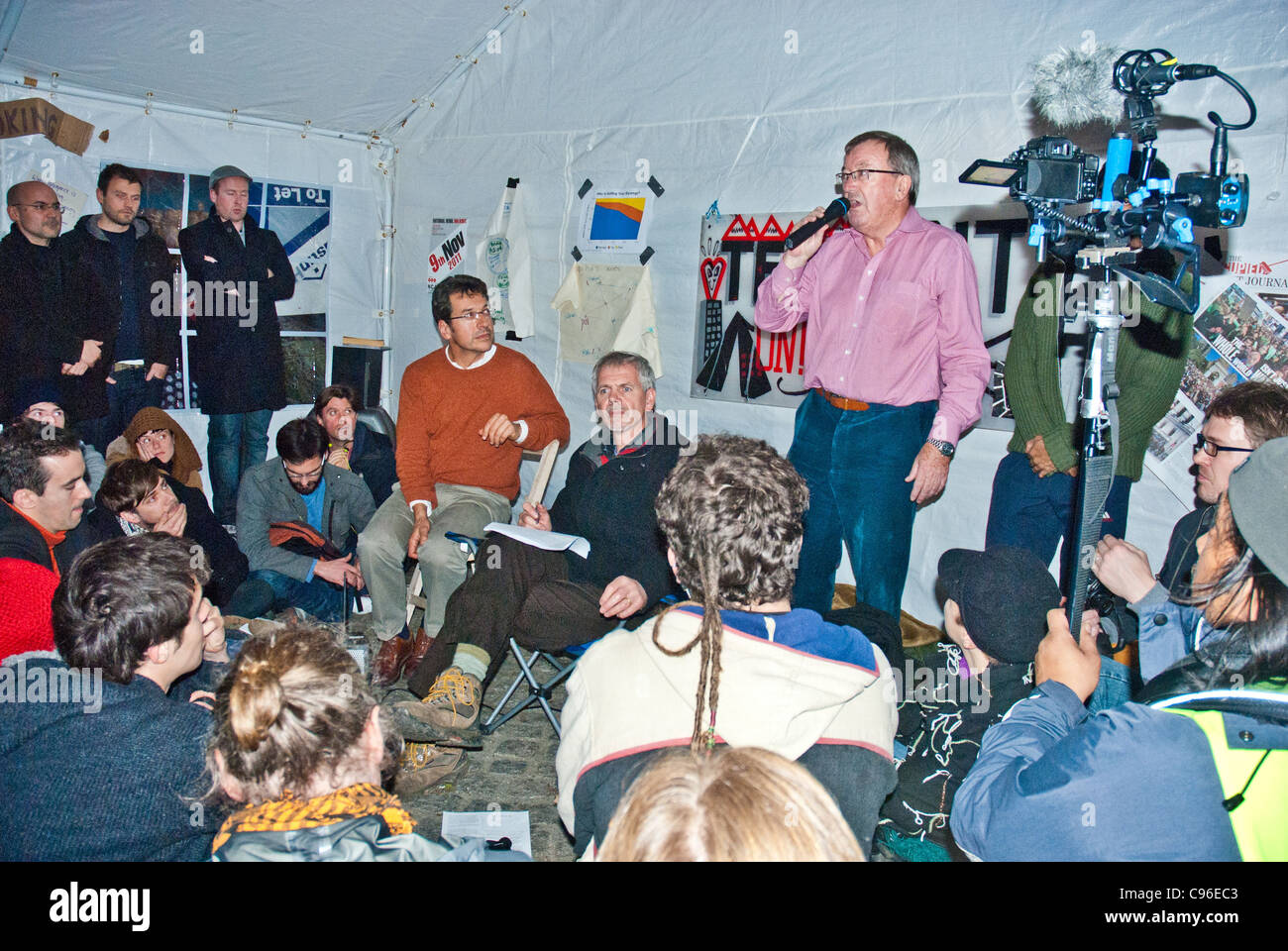 Stuart Fraser, Chairman of the City of London Corporation, George Monbiot and protesters at the Tent City University, - Stock Image