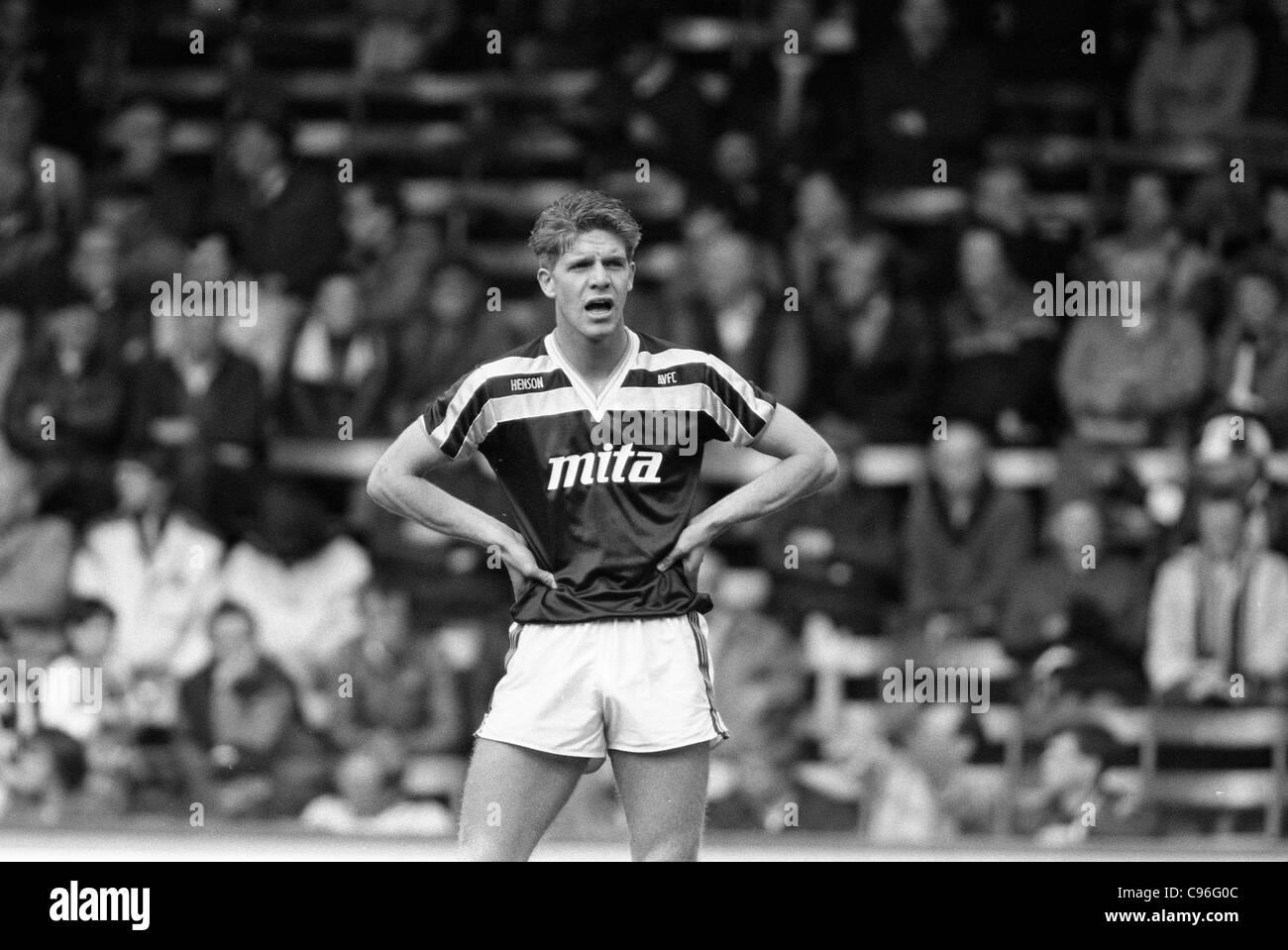 Aston Villa v Sheffield Wednesday at Villa Park 4/5/1987 Villa midfield player Phil Robinson. - Stock Image