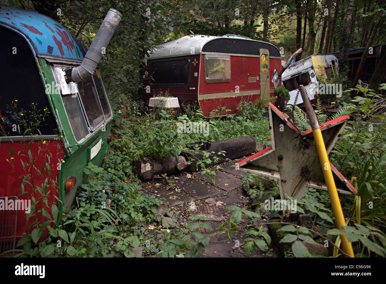 caravans at faslane peace camp in scotland - Stock Image