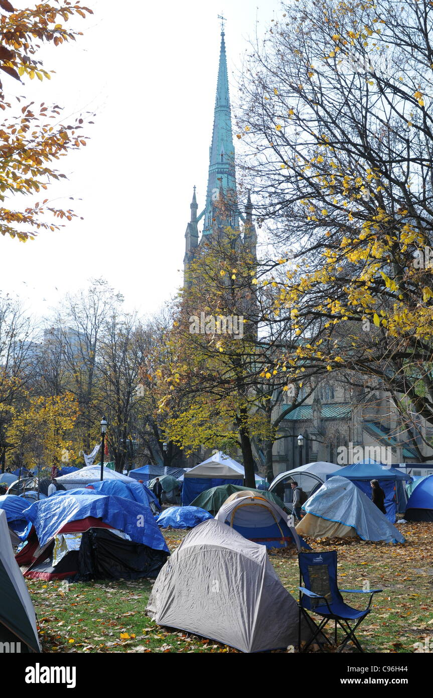 Morning of November 15, 2011, the Occupy Toronto Protest Tent Camp at St. James Park, one month in.  This morning - Stock Image