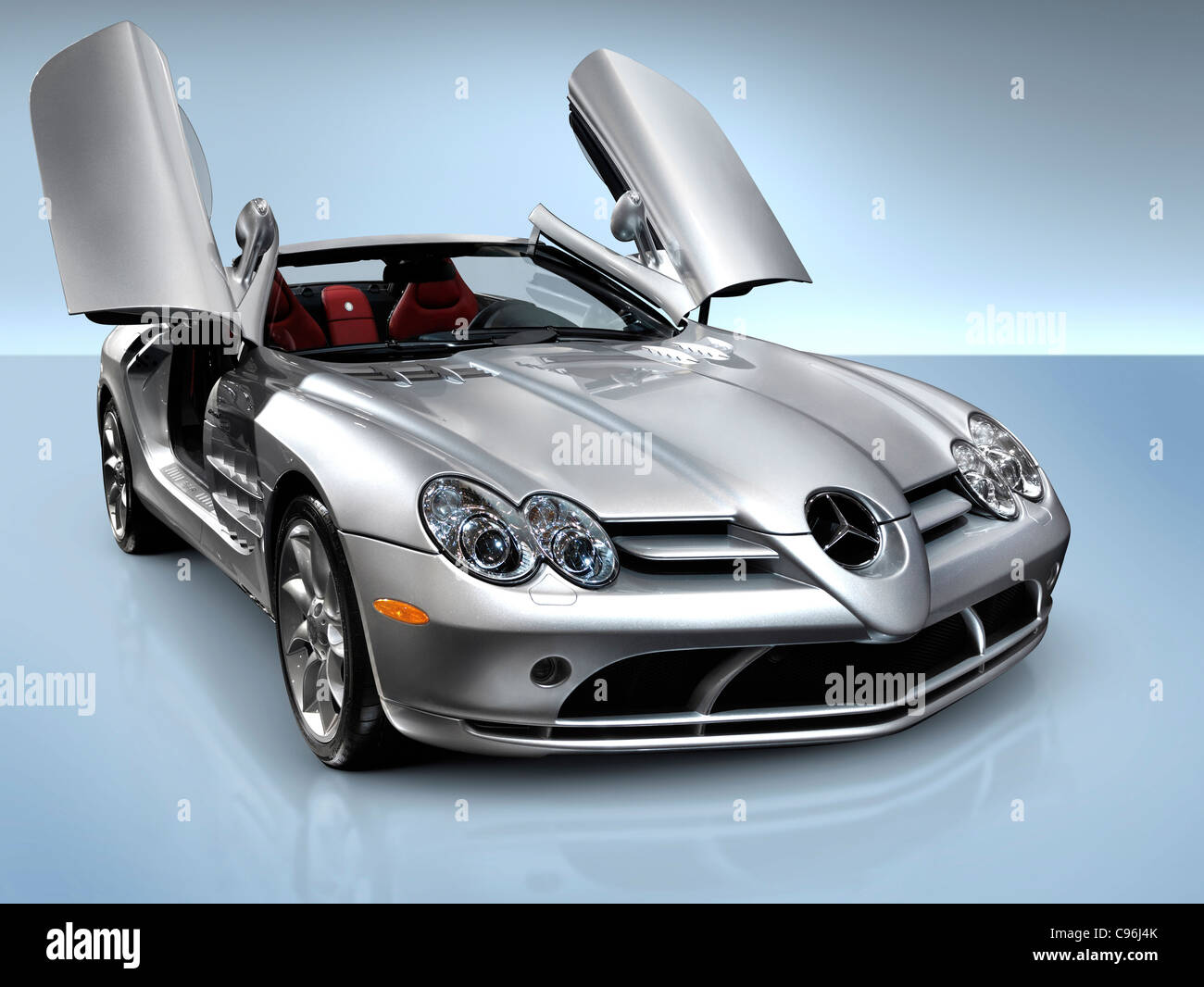 Mercedes benz slr mclaren roadster anglo german sports car for Benz sport katalog