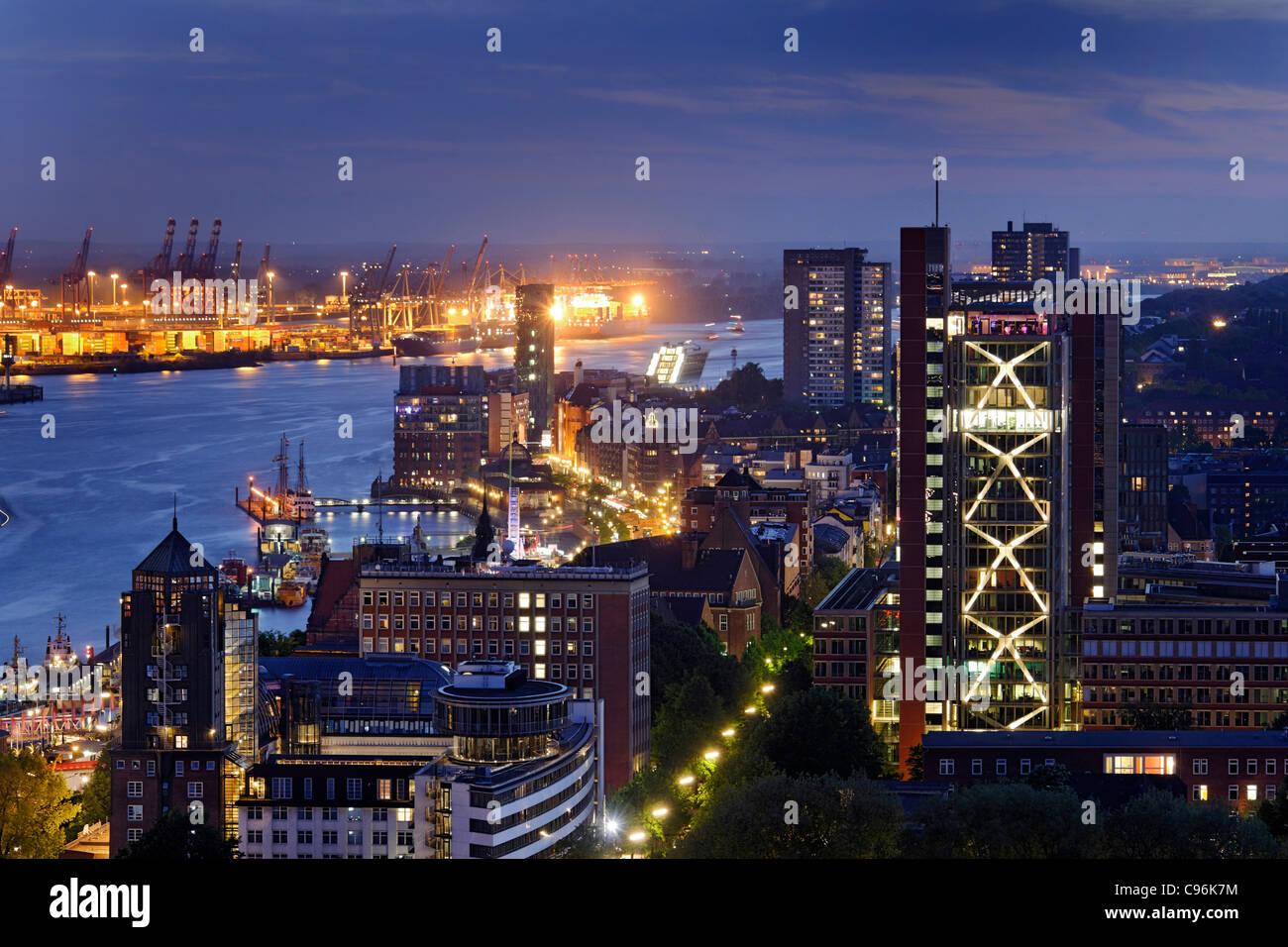 Panoramic view on Hamburg in the evening, Hanseatic city of Hamburg, Germany, Europe - Stock Image