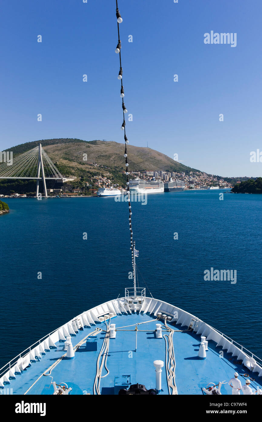 Bow of cruiseship MS Delphin approaching the Port of Gruz, Dubrovnik, Croatia, Europe - Stock Image