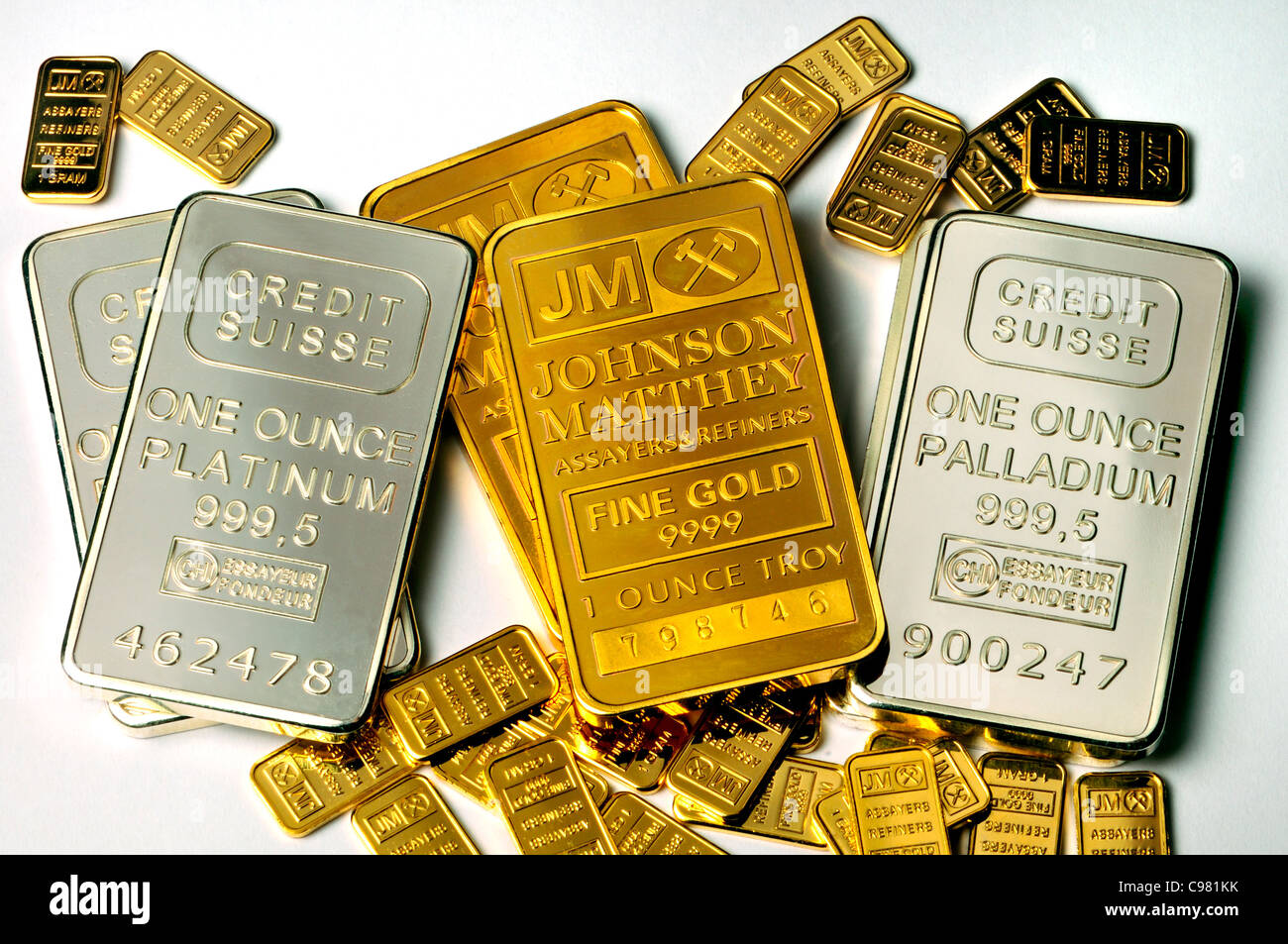 Gold, Platinum and Palladium bullion in 1oz and 1g bars / ingots (plated replicas) - Stock Image