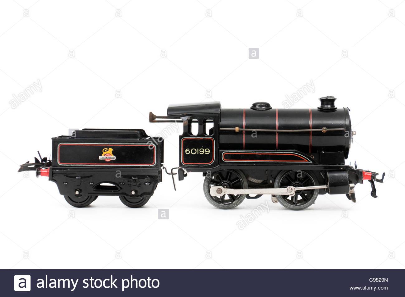 Vintage Hornby O-gauge clockwork locomotive and tender (from Goods Set No 50) - Stock Image