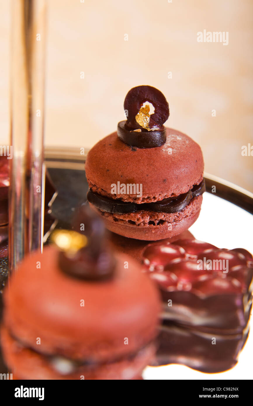 Macaroons and chocolates., CHATEAU SAINT-MARTIN & SPA - 2490 Avenue des Templiers - BP 102 - 06142 VENCE CEDEX - Stock Image