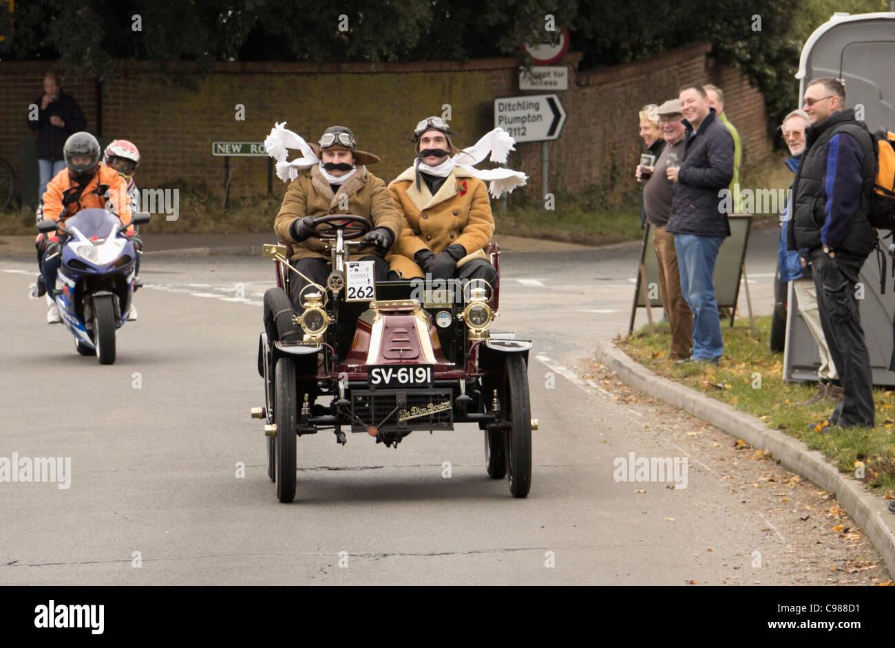 1903 De Dion Bouton on the 2011 London to Brighton Veteran Car Run - Stock Image
