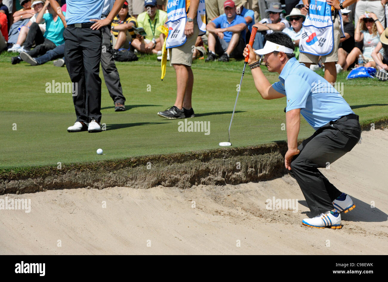 17.11.2011, Melbourne Australia. Y.E Yang lines up a tricky tee shot from a bunker at The Presidents Cup. America - Stock Image