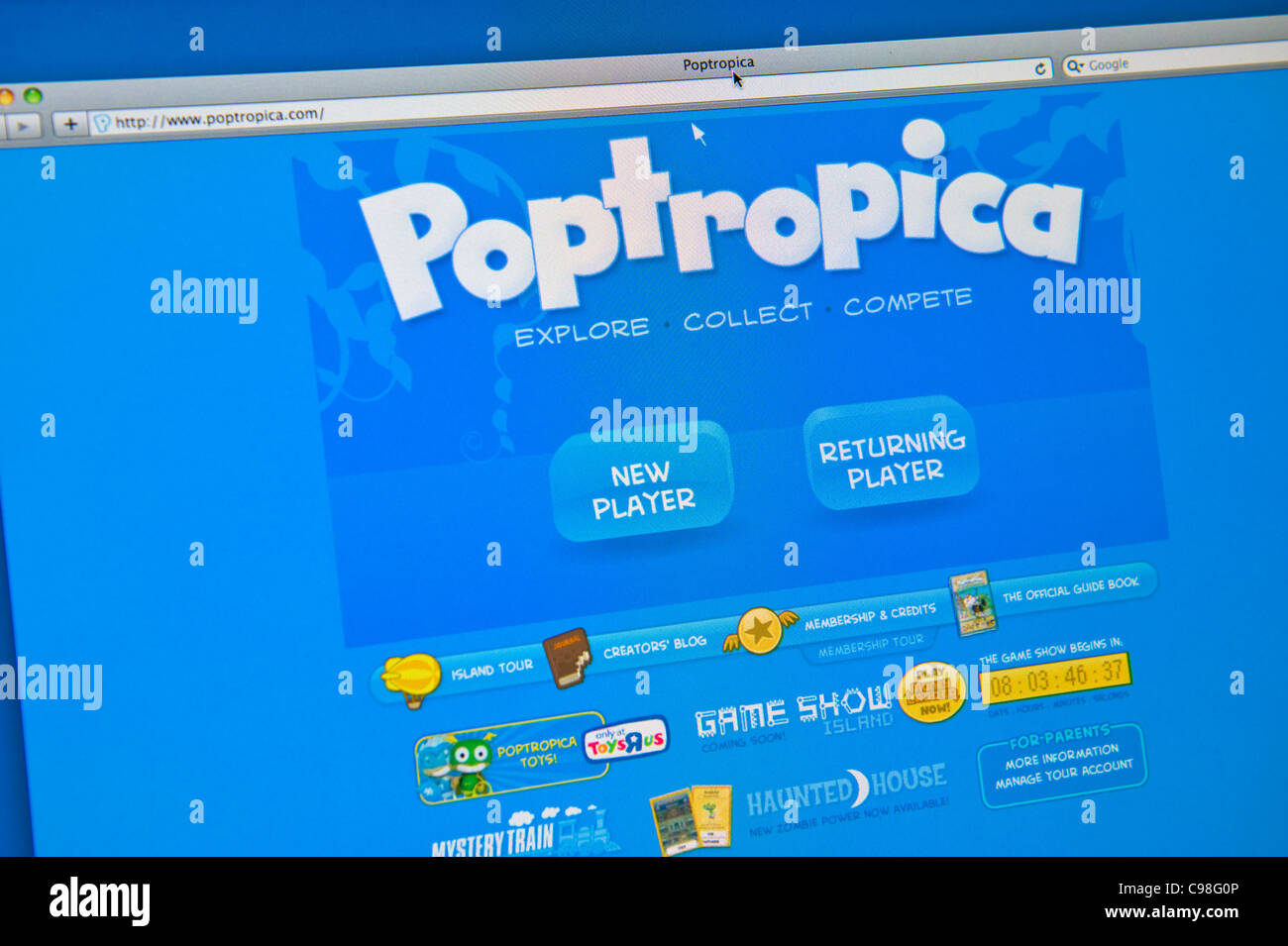 Internet website for poptropica.com a virtual world for children by Family Education Network - Stock Image