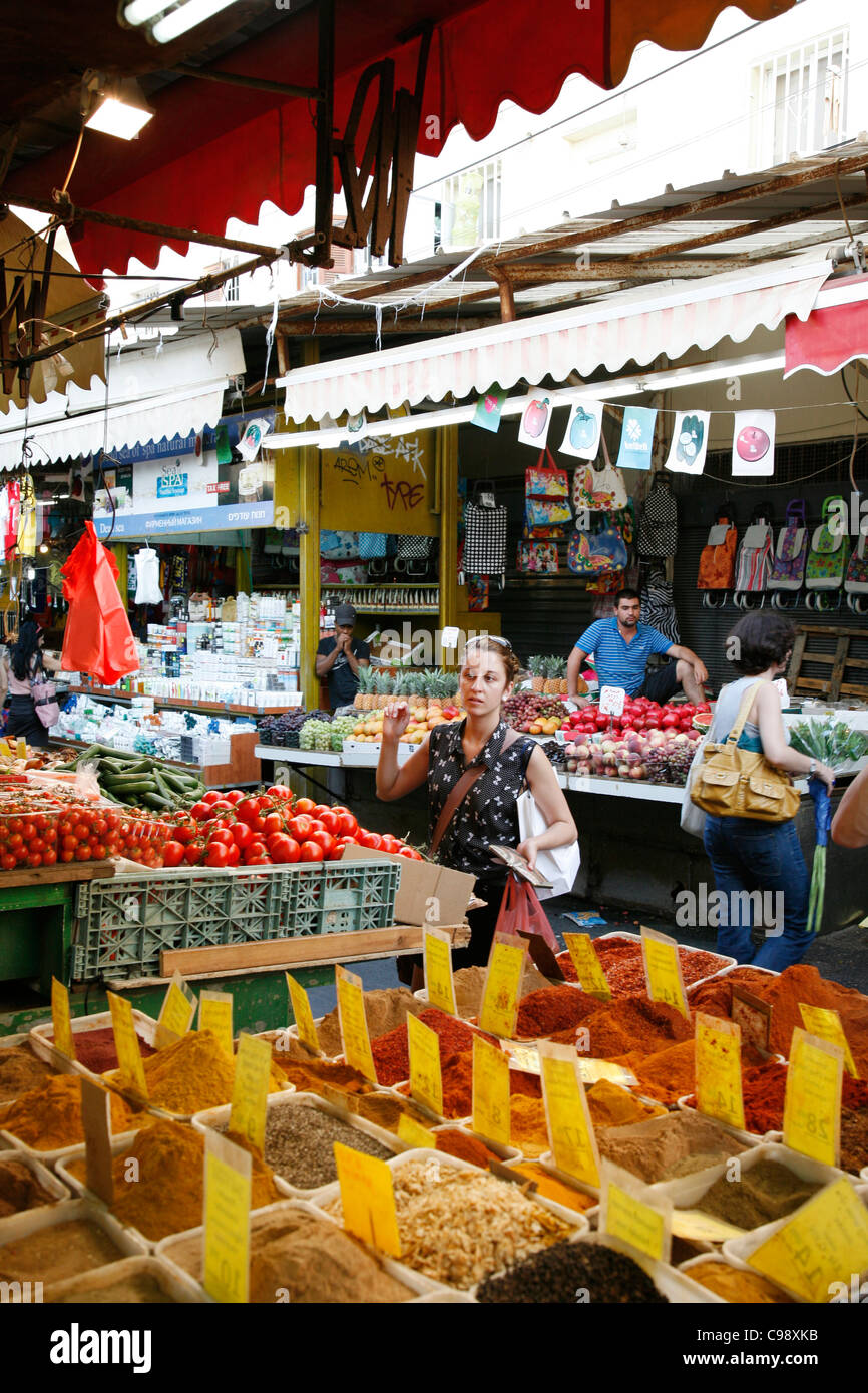 Shuk HaCarmel market, Tel Aviv, Israel. - Stock Image