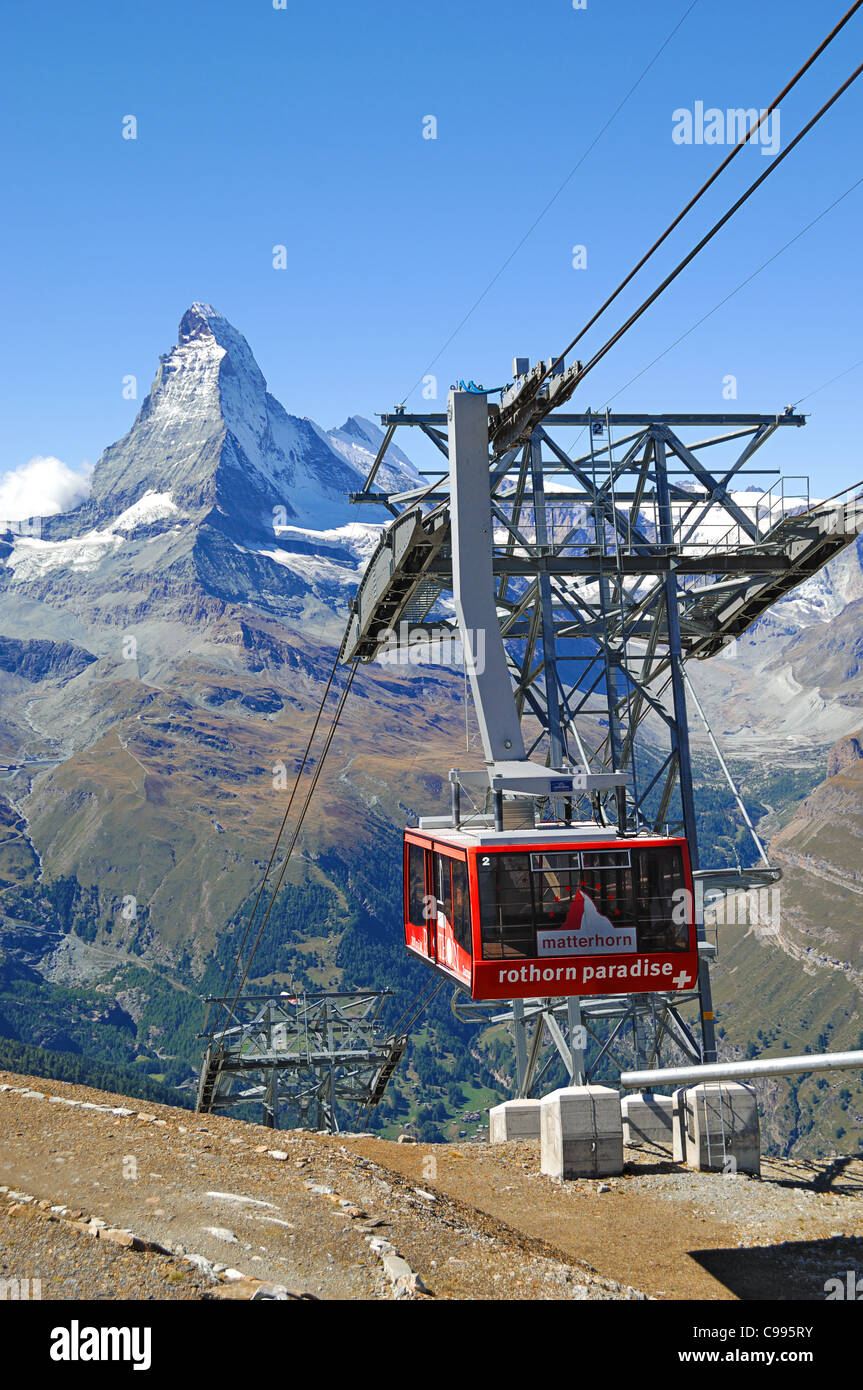 The cable car to Rothorn Paradise from the village of Zermatt, Valais, Swizerland. - Stock Image