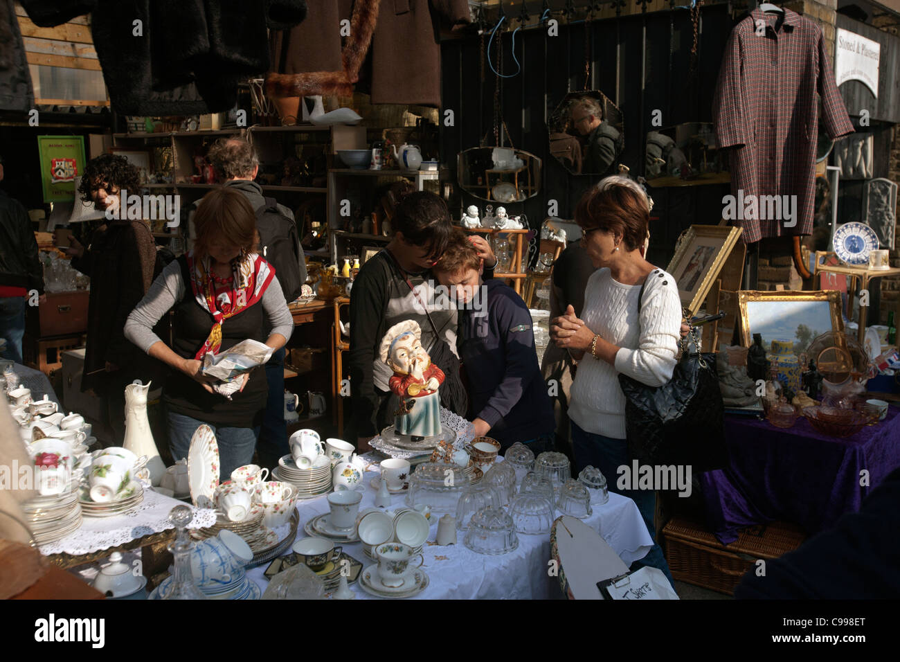 Antique Stall Stock Photos Amp Antique Stall Stock Images