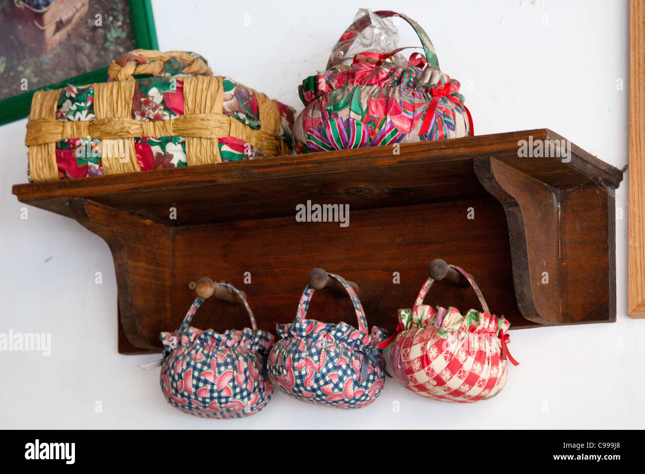Display of hand made baskets in Sacramento - Stock Image