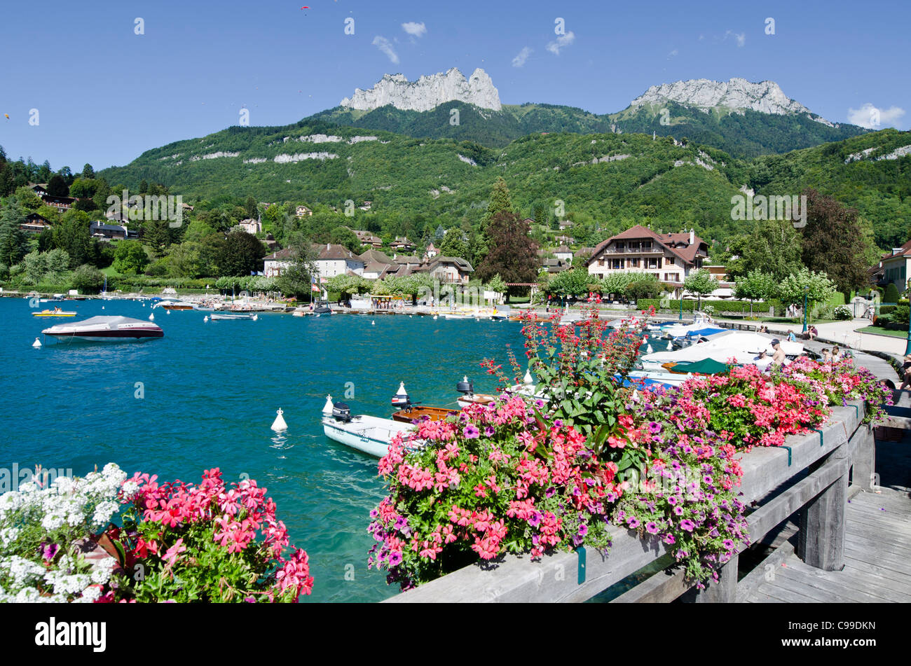 lake annecy stock photos lake annecy stock images alamy. Black Bedroom Furniture Sets. Home Design Ideas
