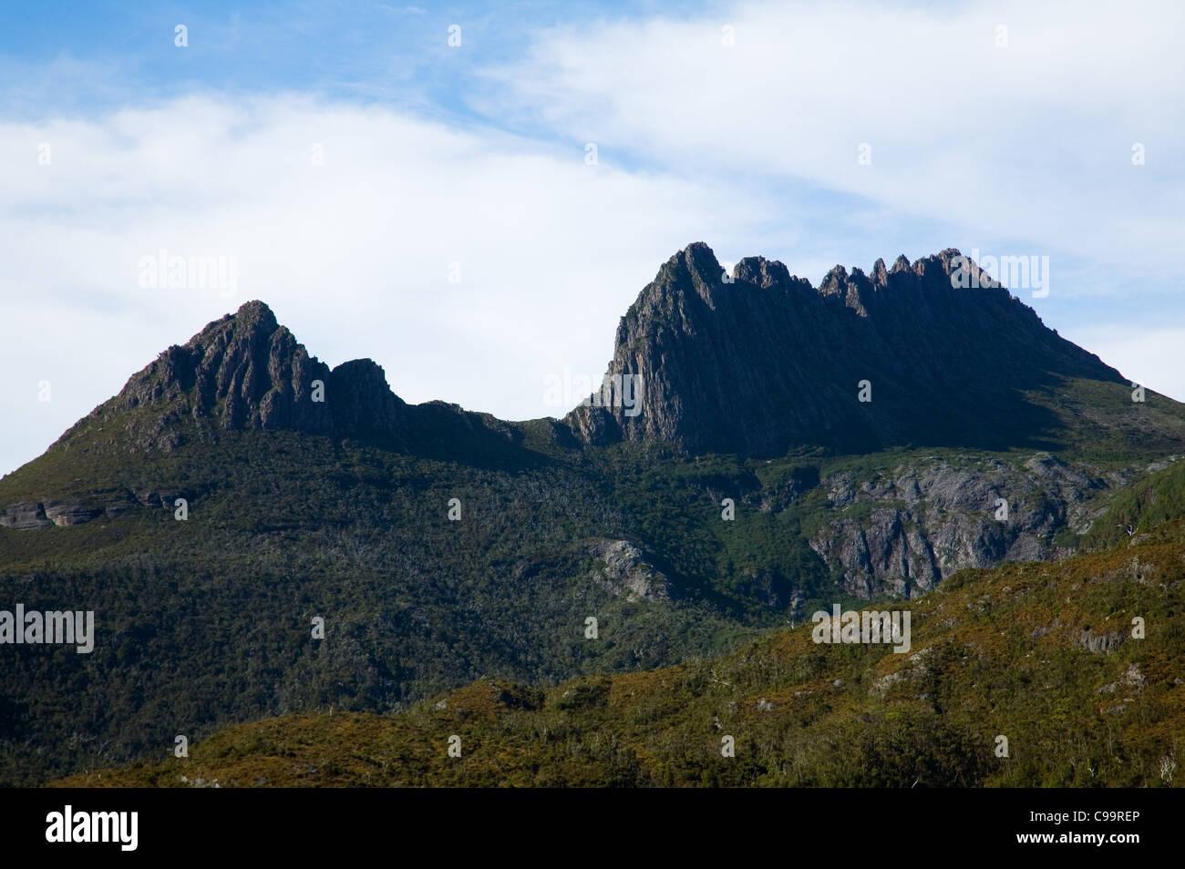 Cradle Mountain in Tasmania's central highlands.  Cradle Mountain-Lake St Clair National Park, Tasmania, Australia - Stock Image