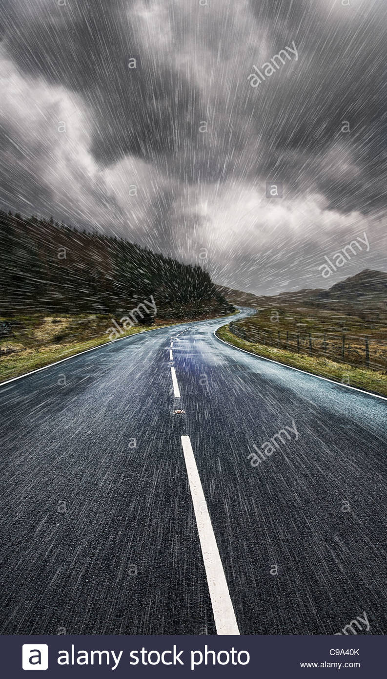 driving though rain - Stock Image