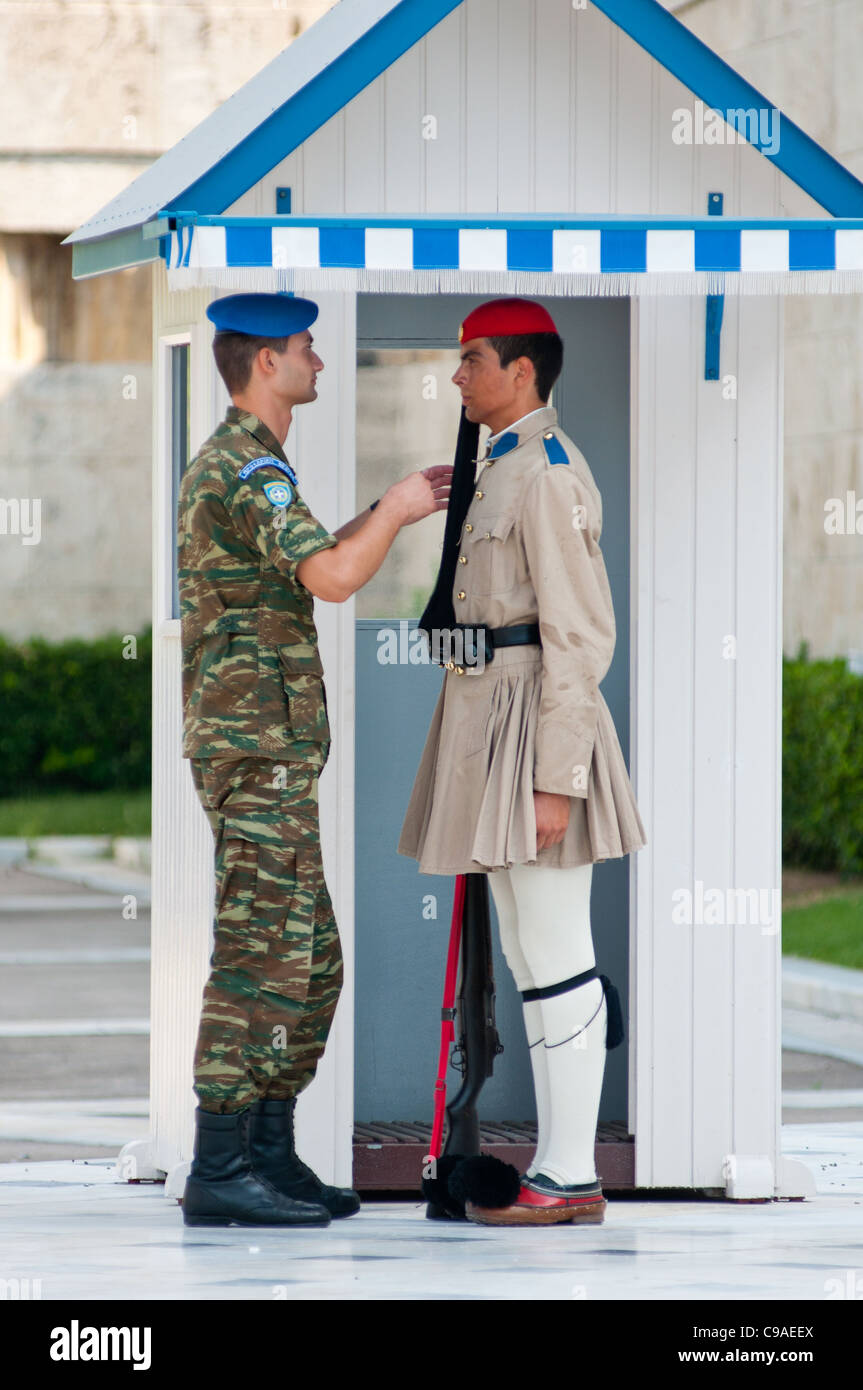 Inspecting the guard at Syntagma square, Athens, Greece. 2011 - Stock Image