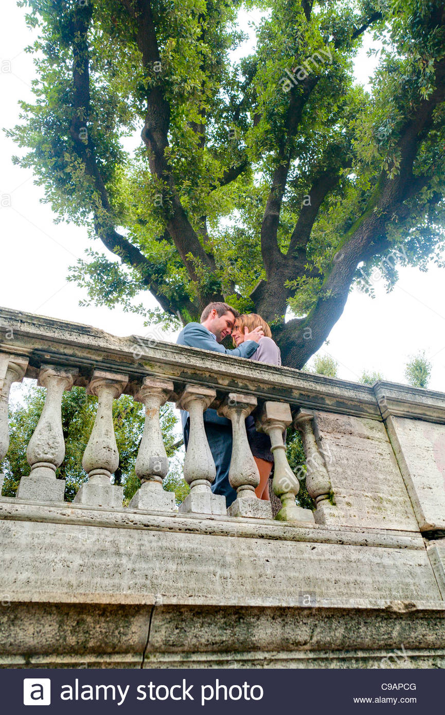 Couple in love Parco del Pincio Rome Italy - Stock Image
