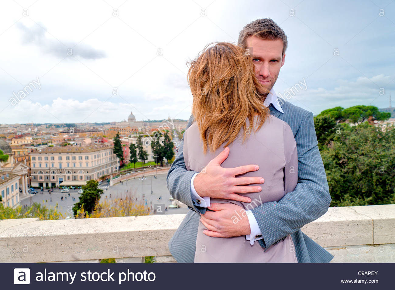 Couple on the terrace of Parco del Pincio - Stock Image