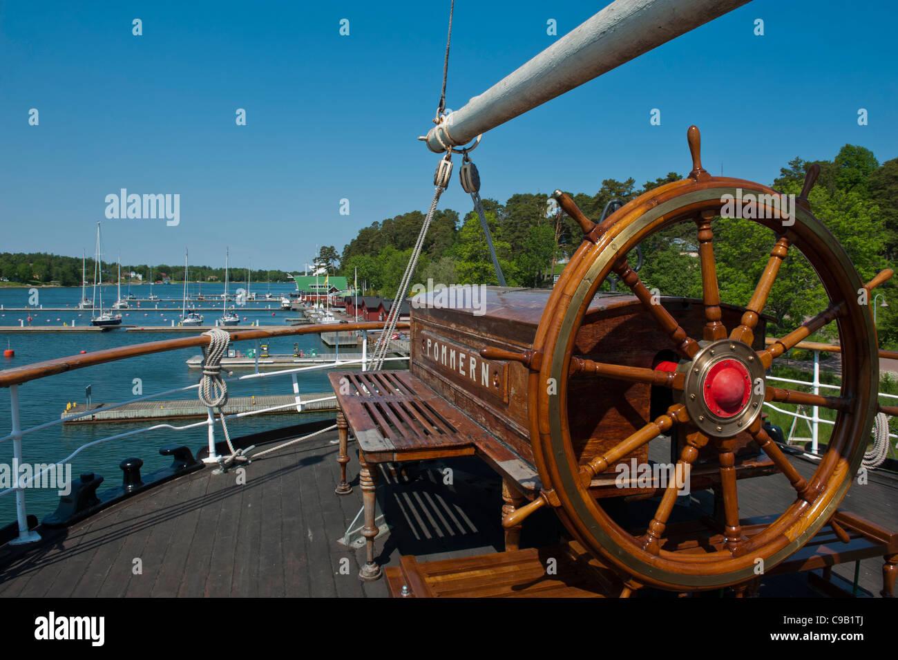 Ship Wheel Stock Photos Ship Wheel Stock Images Alamy