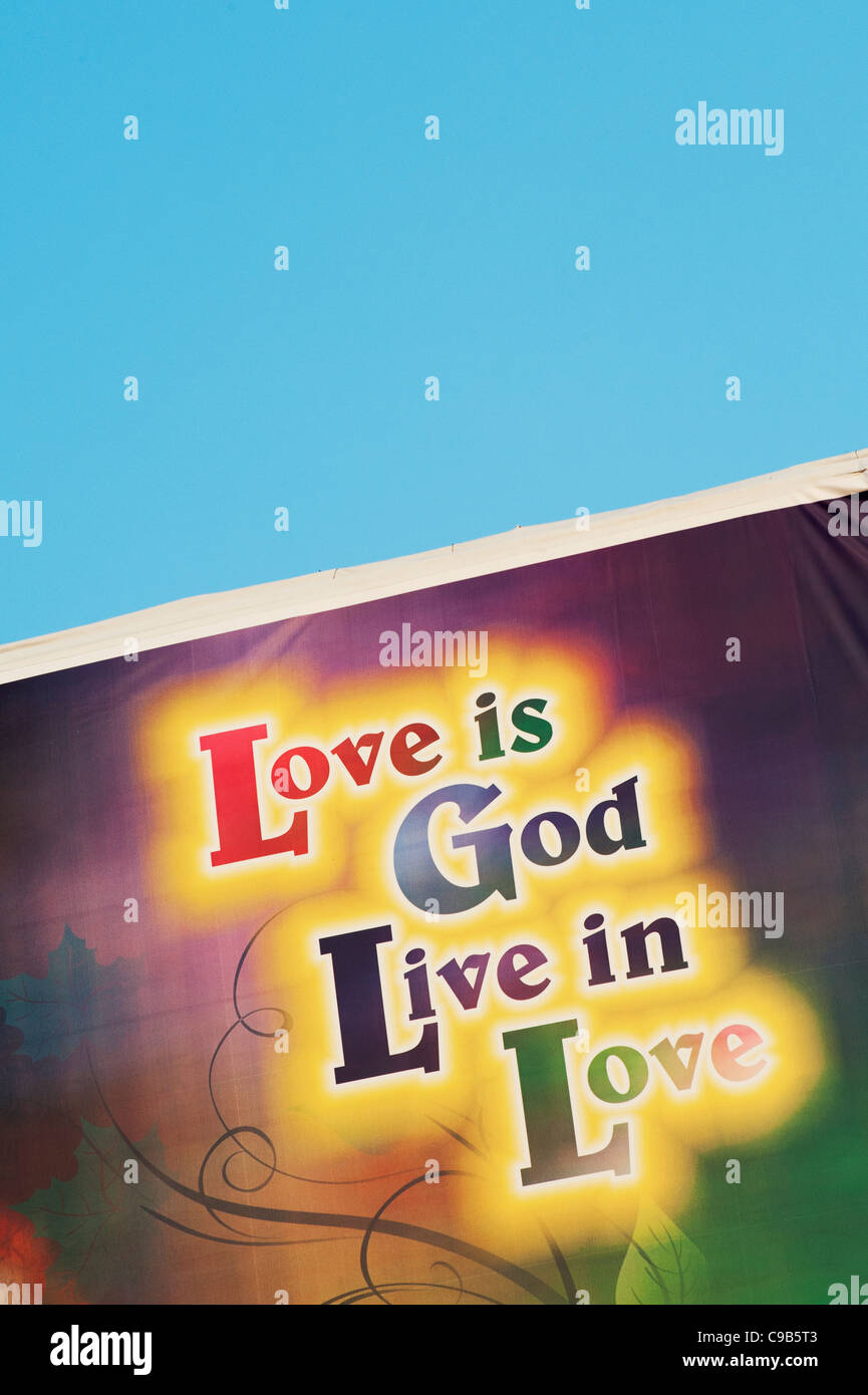 Love is God Live in Love sign in India - Stock Image