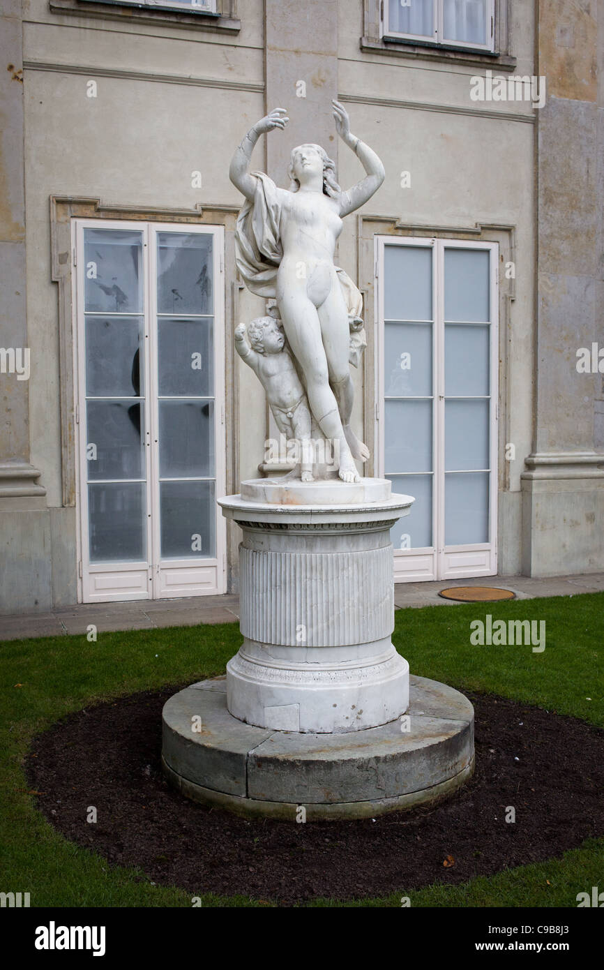 Bachantka marble statue from 18th century (originally made in Rome, Italy) in the Lazienki Krolewskie in Warsaw, - Stock Image