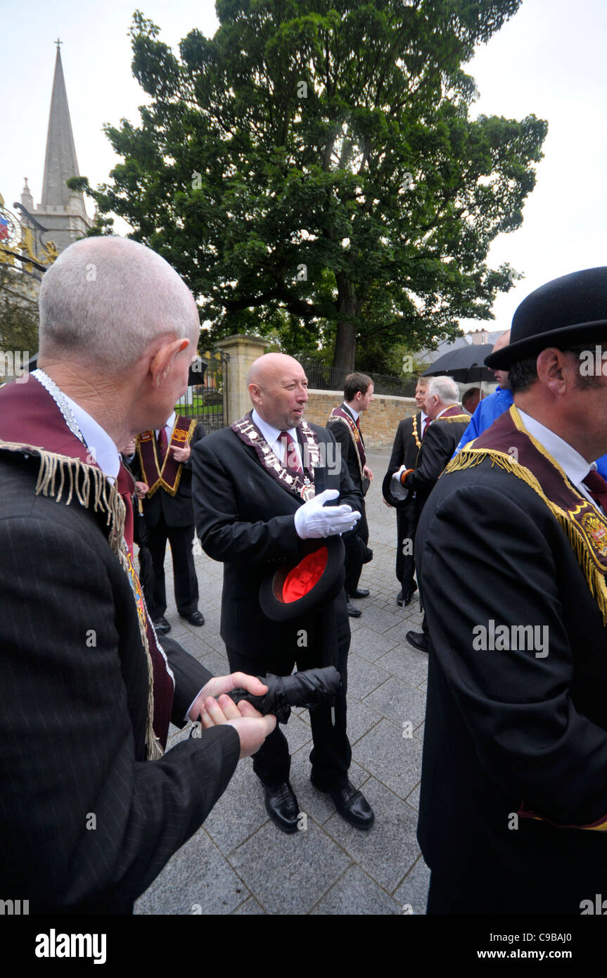 Jim Brownlee (centre), governor of the Apprentice Boys of Derry attending the annual Apprentice Boys of Derry commemoration. - Stock Image