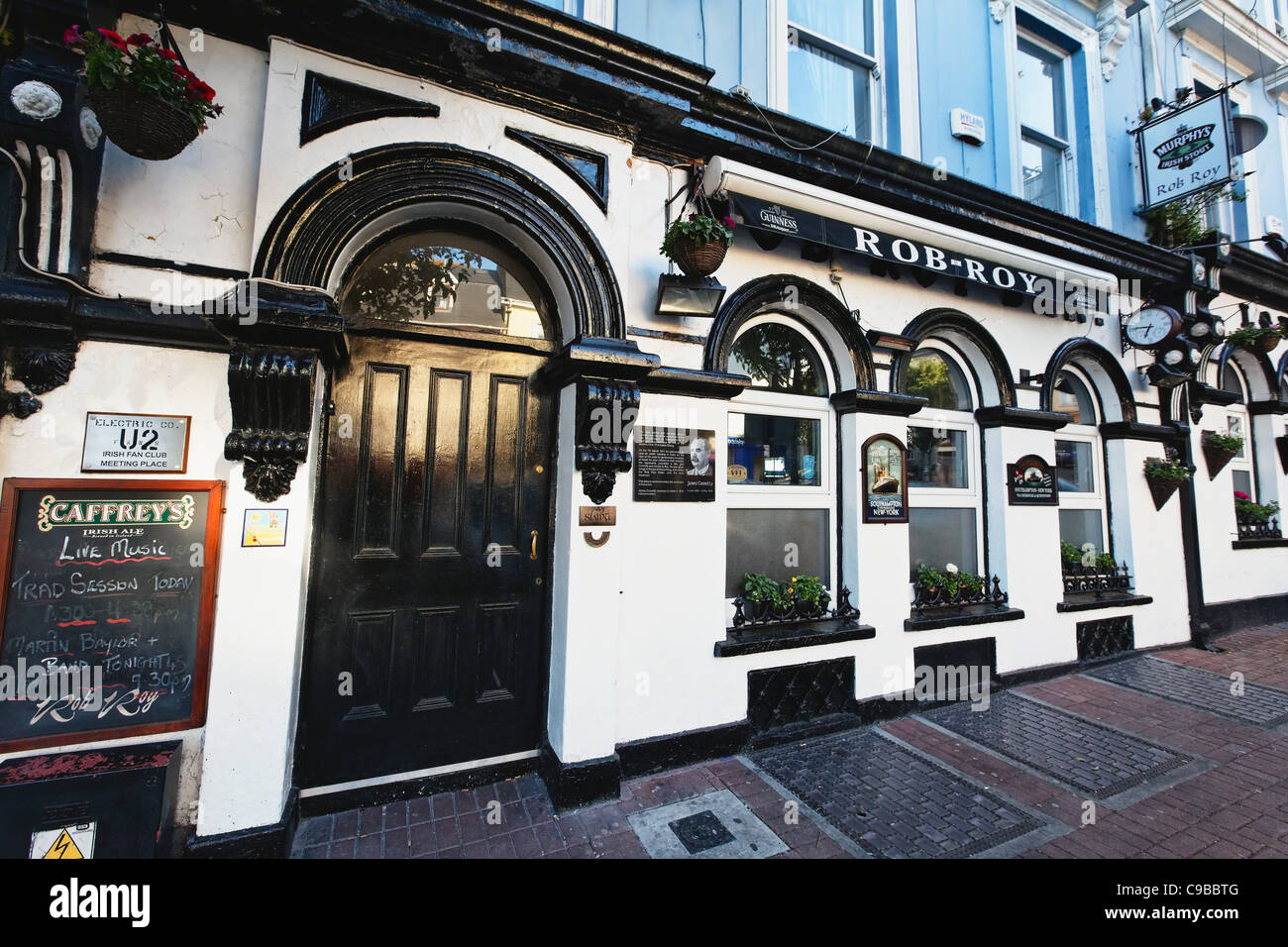 Exterior View of the Rob-Roy Pub, Cobh, County Cork, Irish Republic Stock Photo