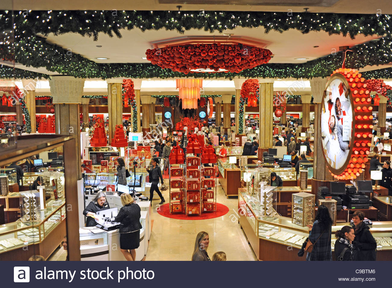 christmas shopping at macy 39 s department store midtown manhattan new stock photo 40213494 alamy. Black Bedroom Furniture Sets. Home Design Ideas