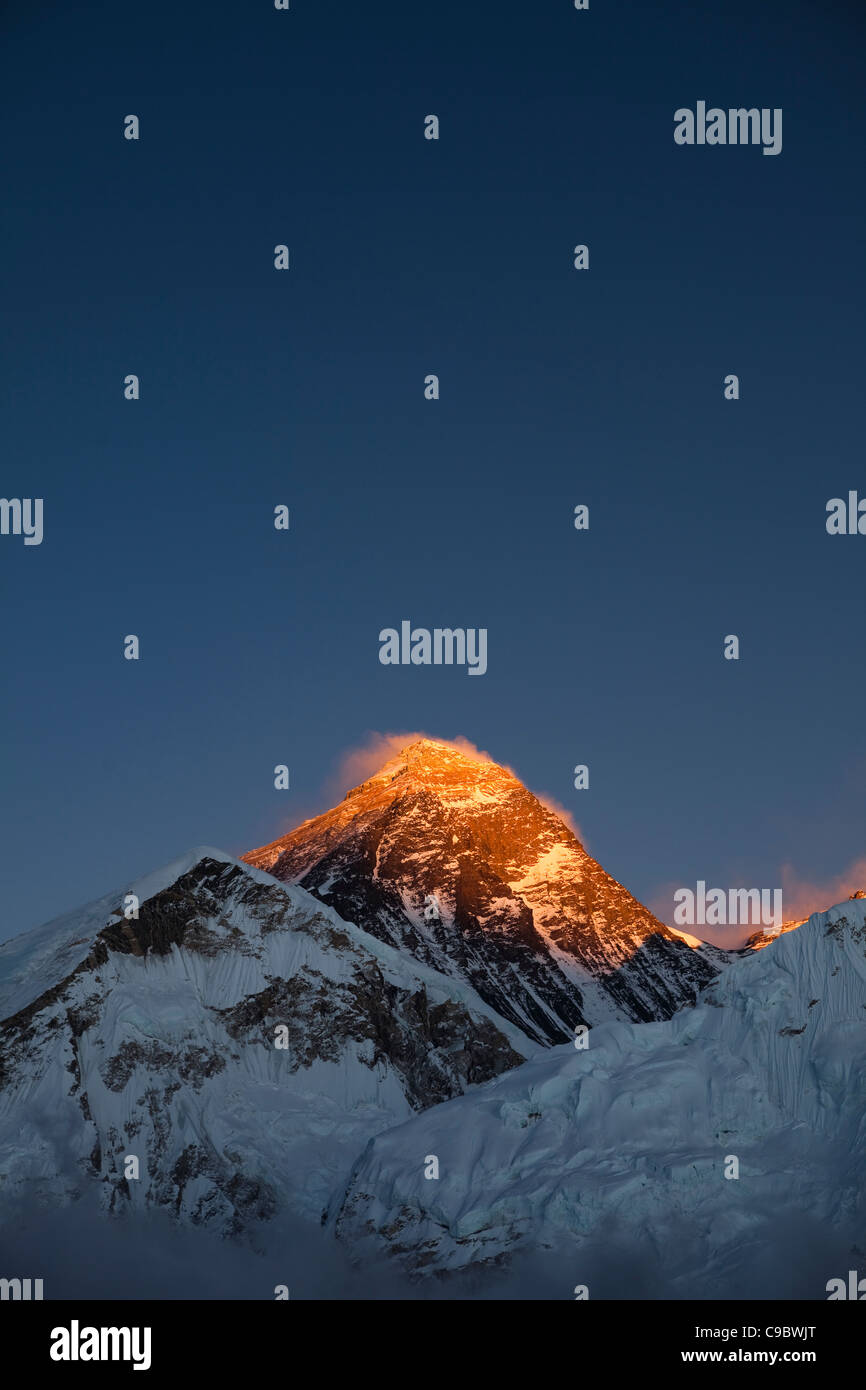 October 2009  Everest - ice and snow on the mountains of  Everest from Kala Patar - Mount Everest Summit - Stock Image