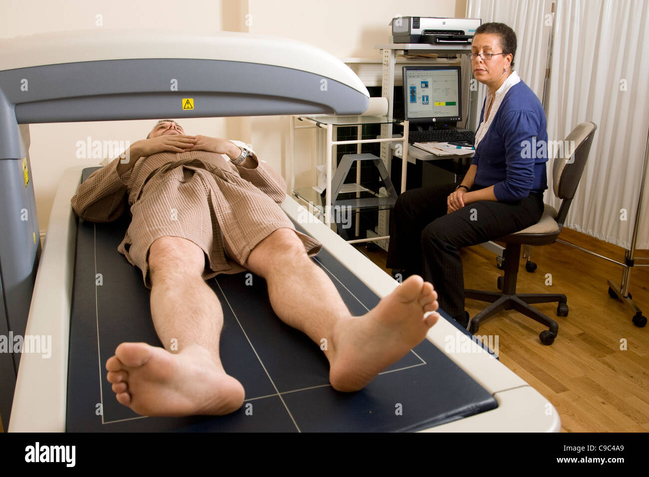 Bone Density Scan at X-ray Express Clinic, Harley Street. London UK. Photo:Jeff Gilbert - Stock Image