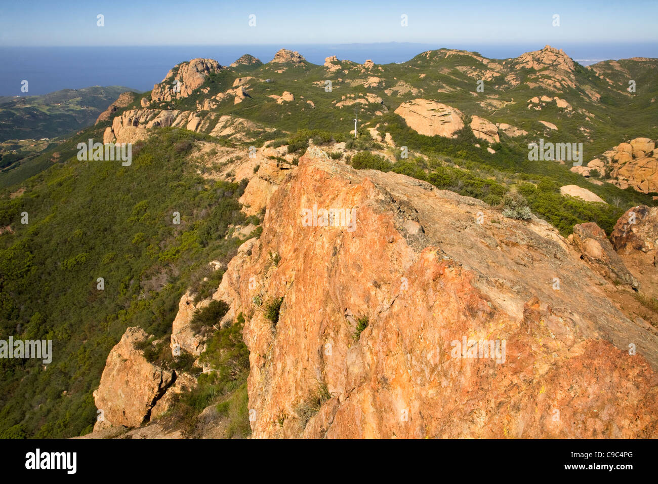Exposed sandstone at the summit of Sandstone Mountain located along the Backbone Trail in the Santa Monica Mountains. - Stock Image