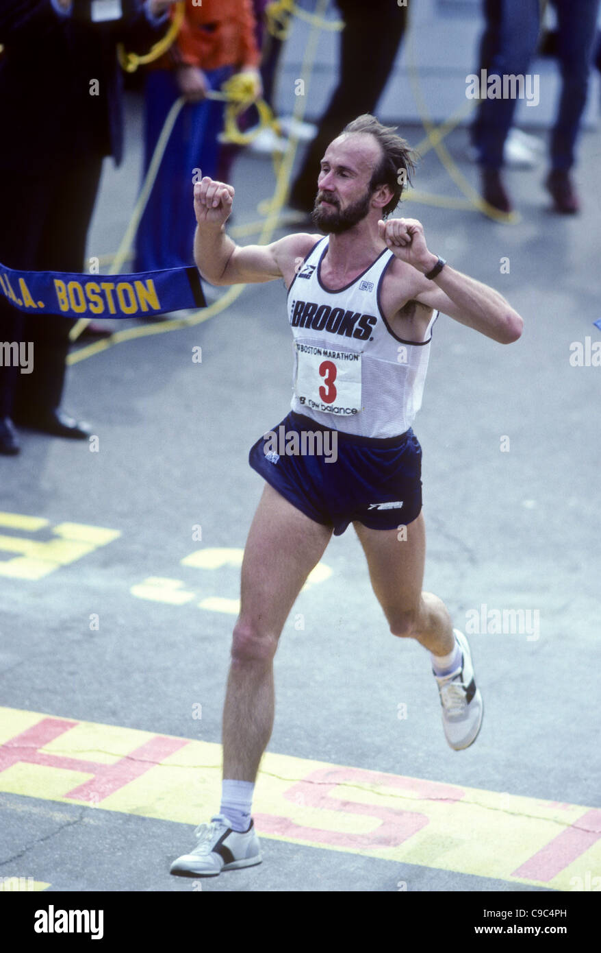 Greg Meyer (USA) winning the 1983 Boston. Marathon - Stock Image