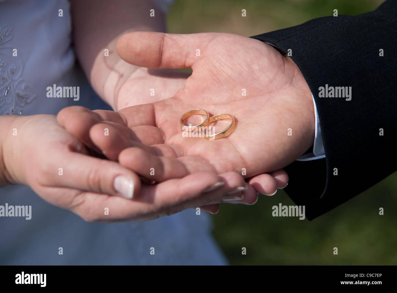 Bands Wedding Stock Photos & Bands Wedding Stock Images - Alamy