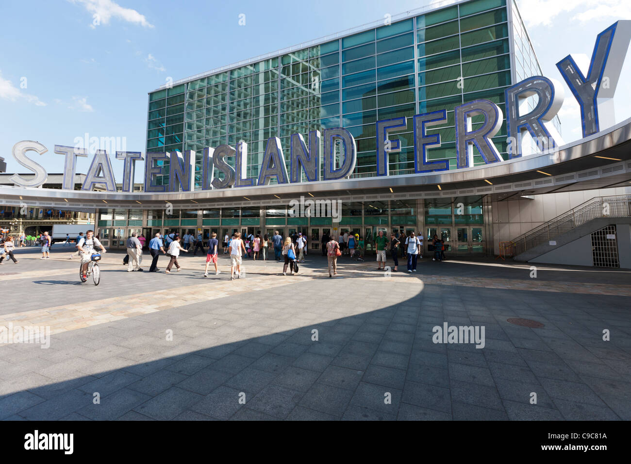 The entrance to the Staten Island Ferry Terminal in New York City. - Stock Image