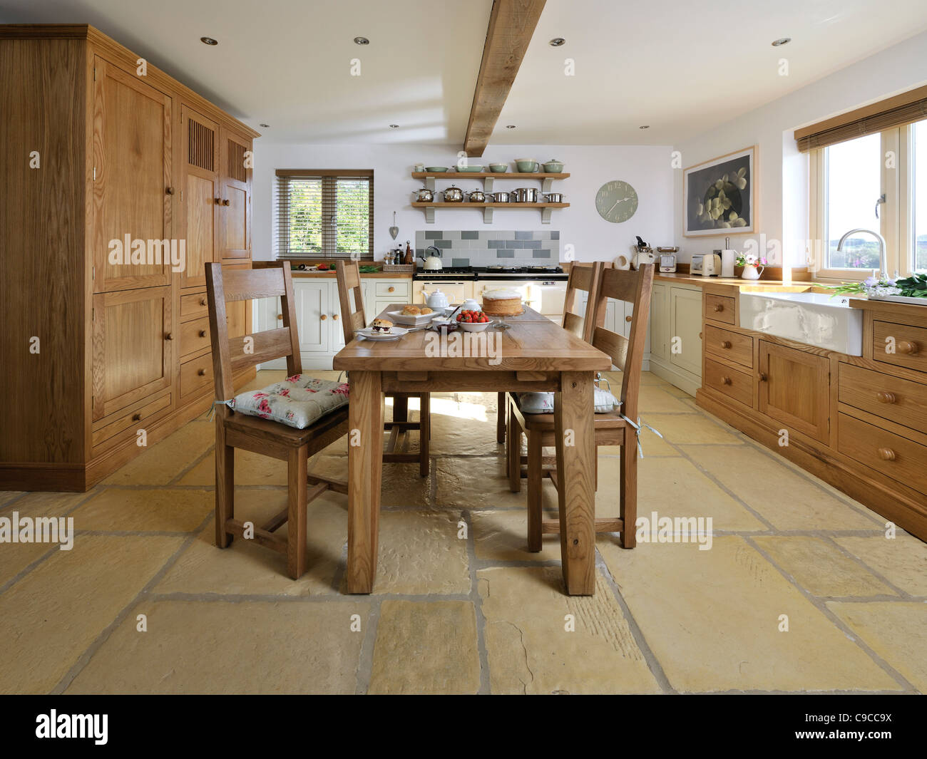 English Country Kitchen Dining