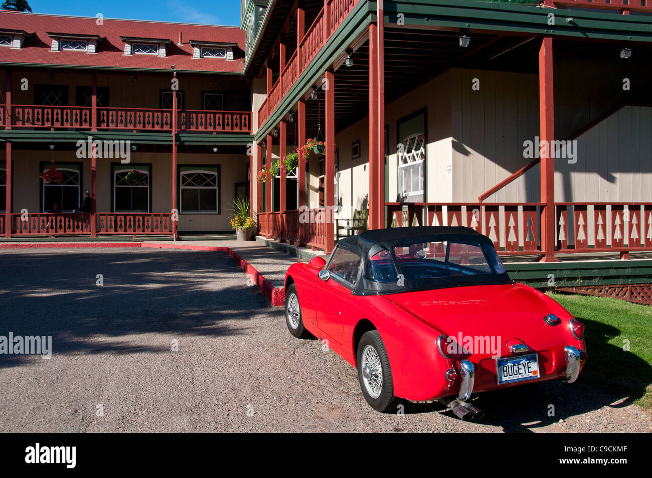 Austin Healey Sprite in front of the Redstone Inn, Redstone, Colorado. - Stock Image