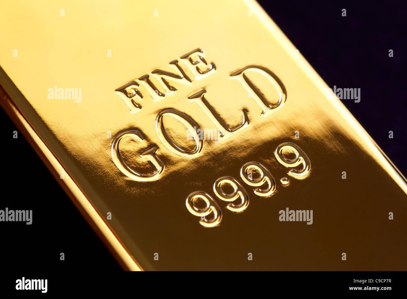 Gold ingot - Stock Image