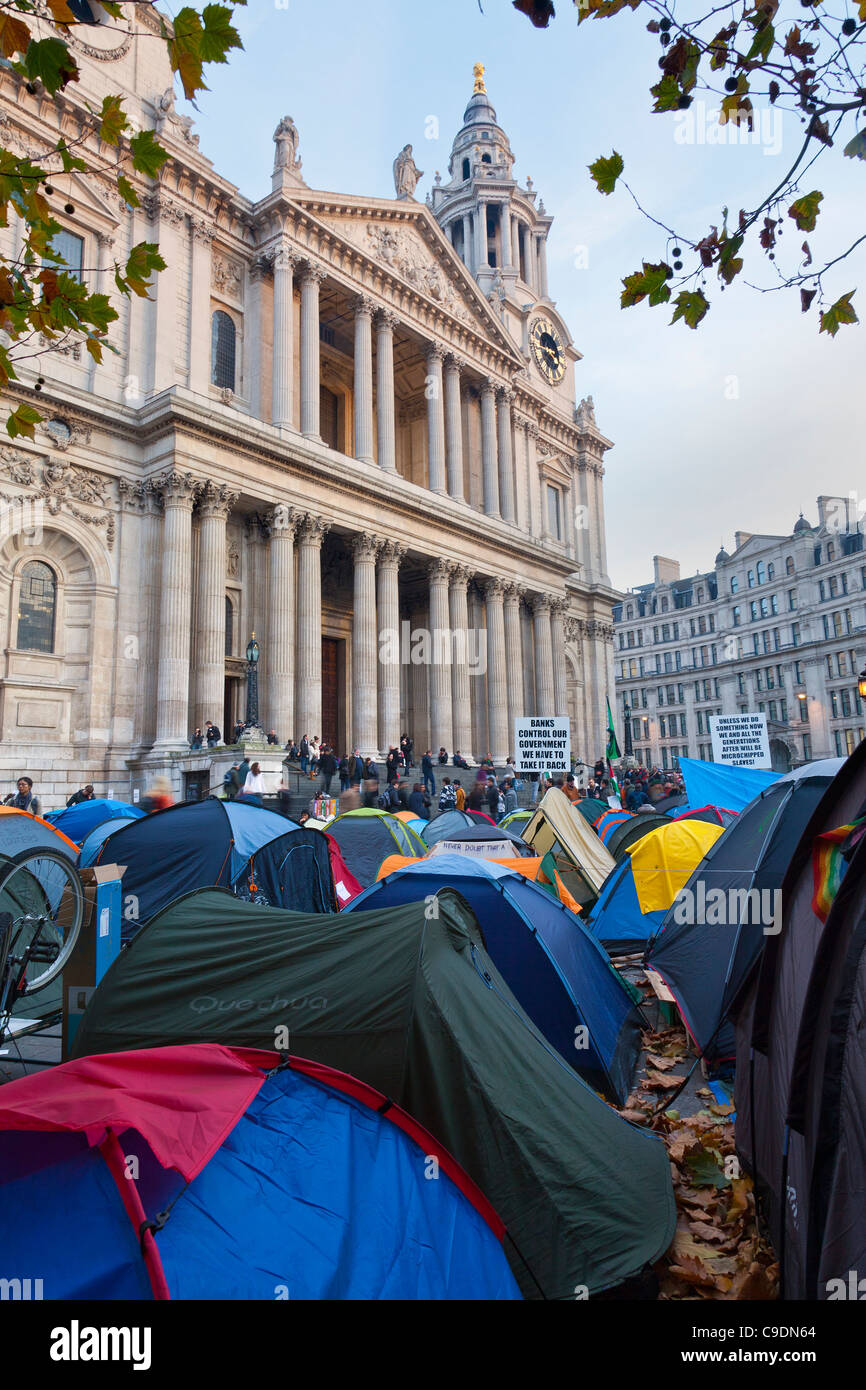 The camp of the Anti capitalist demonstration at St Paul's Occupy London protest - Stock Image