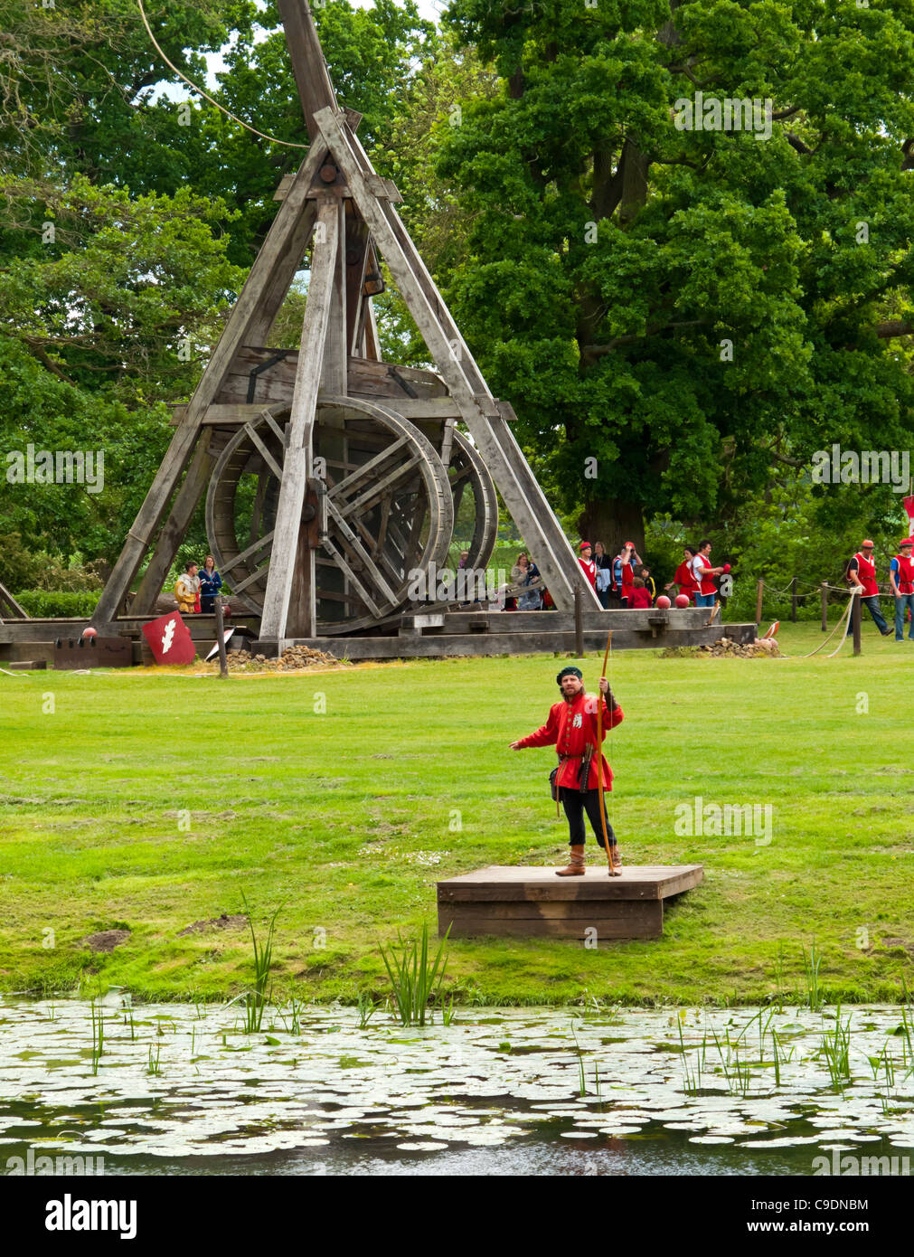 Catapult Trebuchet Stock Photos Images Diagram Of Our Warwick Castle The Largest In World Which Is Operated Twice Daily To Visitors