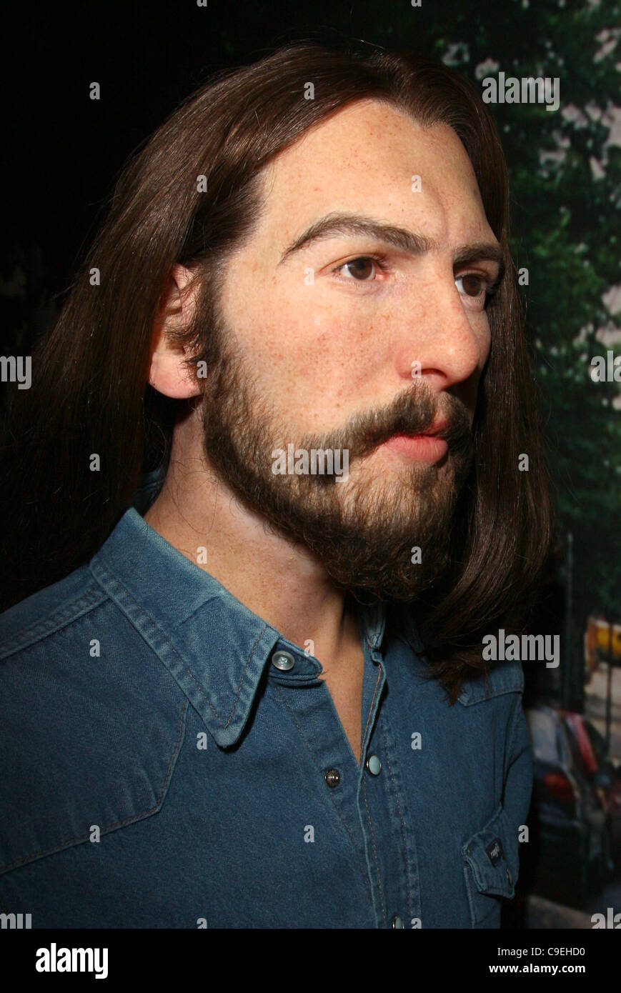 GEORGE HARRISON WAX FIGURE THE BEATLES WAX FIGURES UNVEILING HOLLYWOOD LOS ANGELES CALIFORNIA USA 08 December 2011 - Stock Image